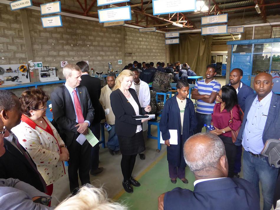 P1040052-truck-plant-Addis